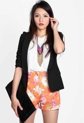 http://catwalkclose.com/404-5796-thickbox/austen-floral-shorts.jpg