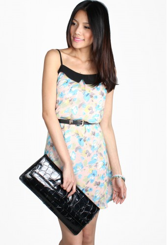 http://catwalkclose.com/531-7877-thickbox/charlotte-chiffon-dress.jpg